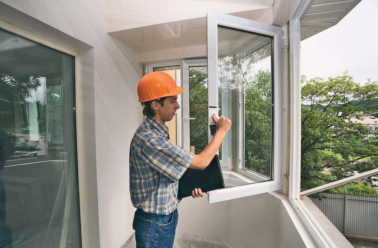 Монтаж балконной рамы пвх - основные этапы.